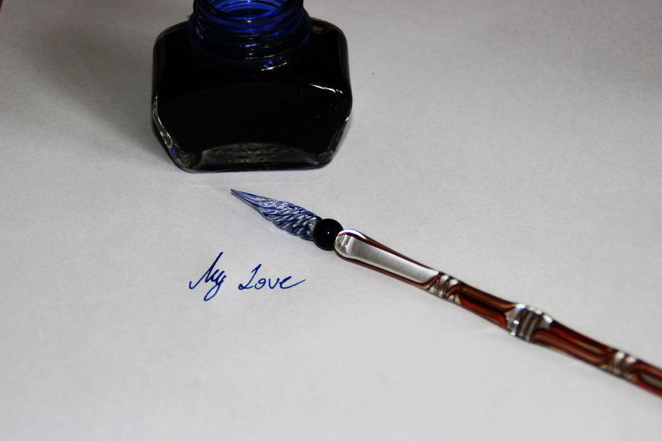 Feathers Gewinner Handschrift Handwriting  Handwritten Ink Letter My Love Tinte Venetian Feather Venezianischer Brunnen Venice