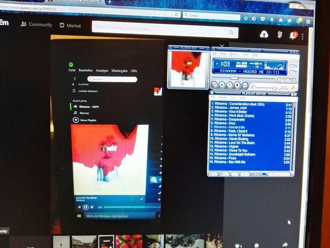 @hdfull12 Listening To Music
