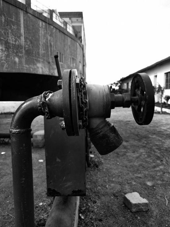 Blackandwhite Retro Pipe Marine Streetphotography PhonePhotography