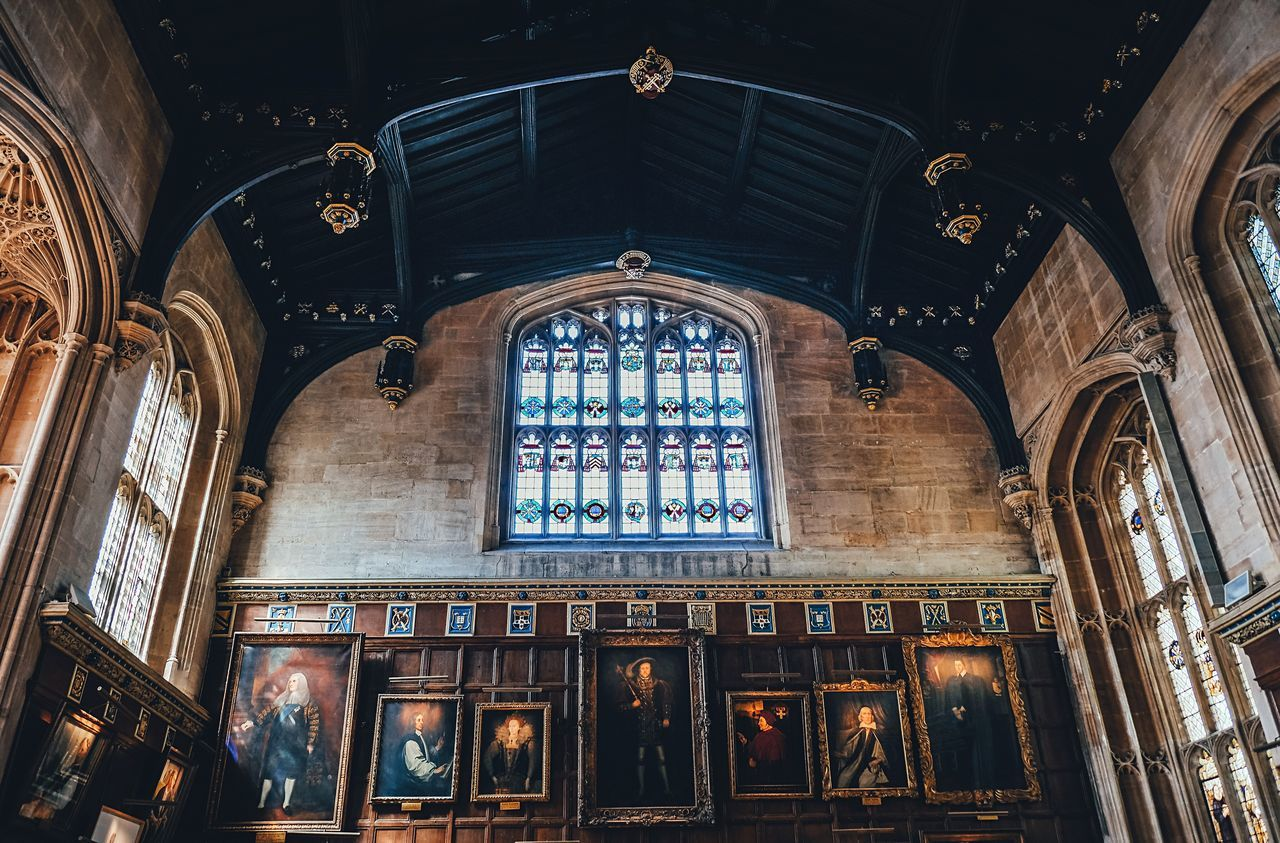 Oxford Harrypotter Architecture Window Indoors  Travel Destinations Built Structure No People Frames FRAMES ON THE WALL Architecture_collection Architectural Column Full Length