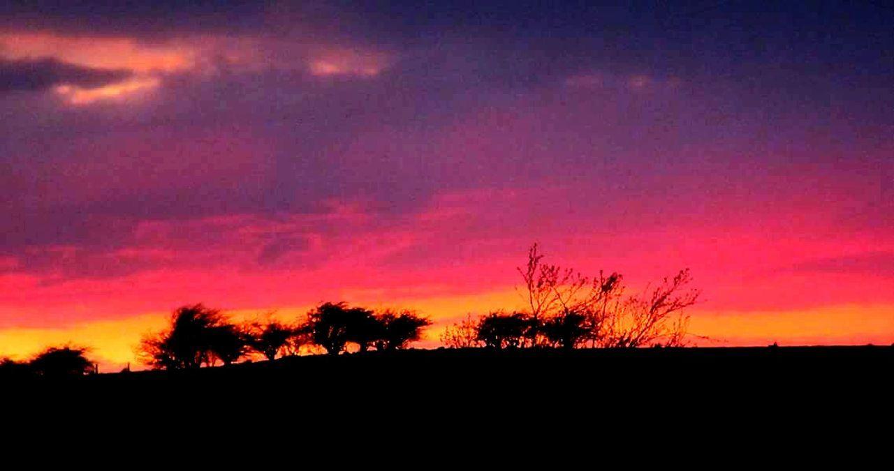 Scotland Sunset #sun #clouds #skylovers #sky #nature Beautifulinnature Naturalbeauty Photography Landscape [a:1286387] Falkirk Beautiful Beautiful Sunset Spring Nights My Favourite Photo My Favorite Photo