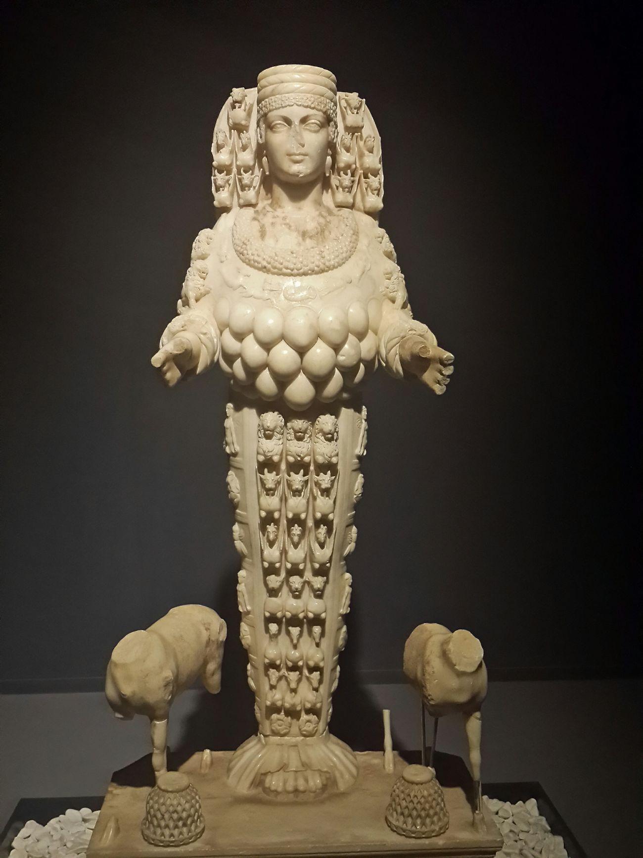 Efes Ephesus Eyeem Ephesus - Turkey Visiting Museum Müze Museum Historical Monuments Bereket Tanricasi