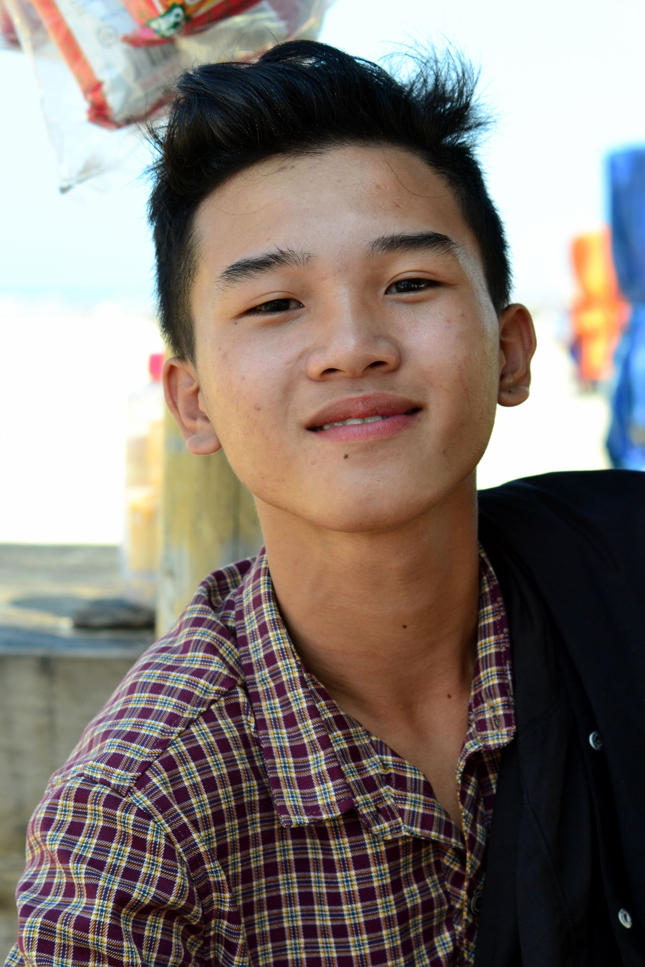 Close-up Day Front View One Person Outdoors People Portrait Real People Teen Teenage Boy Teenage Boys Teenager Young Adult