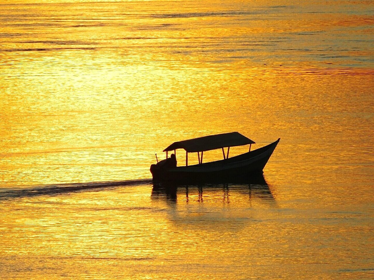 Sunset Sunset Silhouettes Sunset_collection Sunsetlover Enjoying The Sunset Silhouette Onaboat Riverscape River Nile River