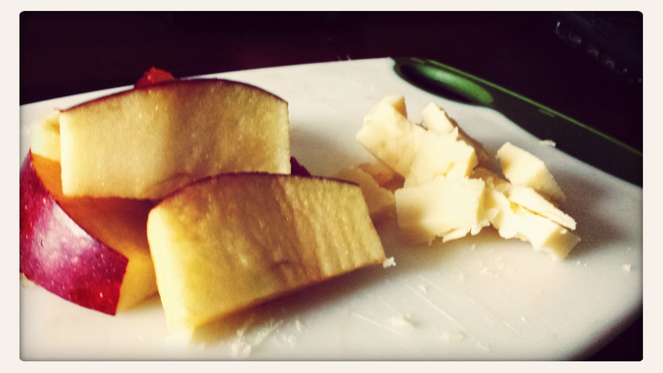 Mid afternoon snack with the best cheese ever! Helluva Good XXX Sharp with some delicious sliced apples! Cheese! Cheesewhore Cheese Cheese <3