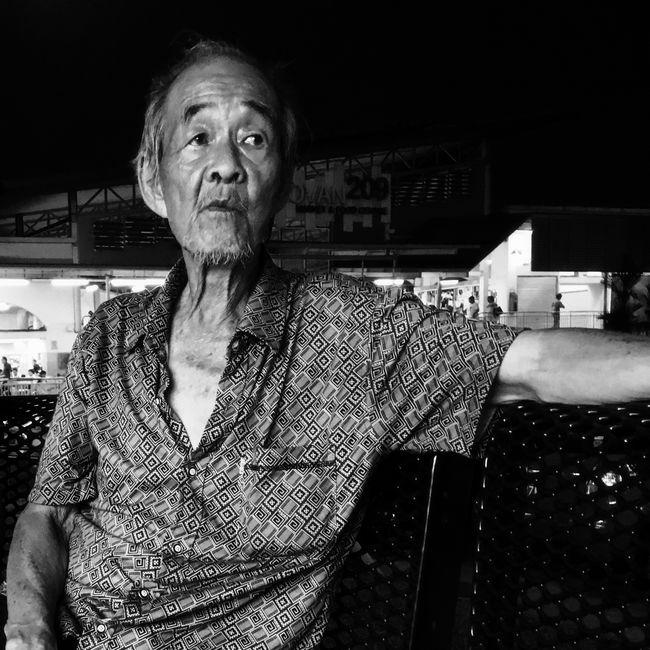 Senior Streetphotography Blackandwhite Streetphoto_bw The Minimals (less Edit Juxt Photography) Streetphotography_bw AMPt - Shoot Or Die AMPt - Street Eyeem Singapore