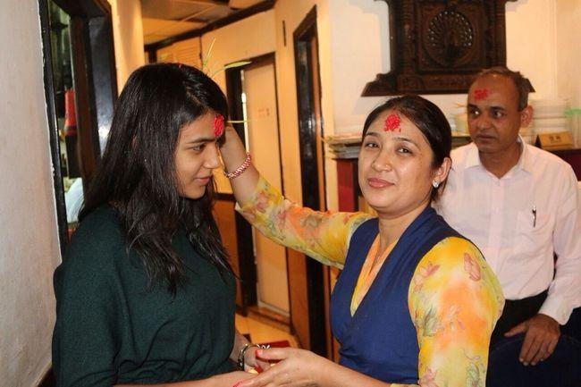 Throwback Dashain Redtika Mom Dad And Me ☺