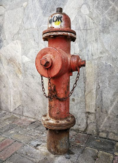 Fire hydrant Latin America Rust Urban Geometry Bomberos Close-up Day Ecuador Equipment Fire Fire Hydrant Home Protection No People Outdoors Protection Red Rusty Safety Urban Valve Water