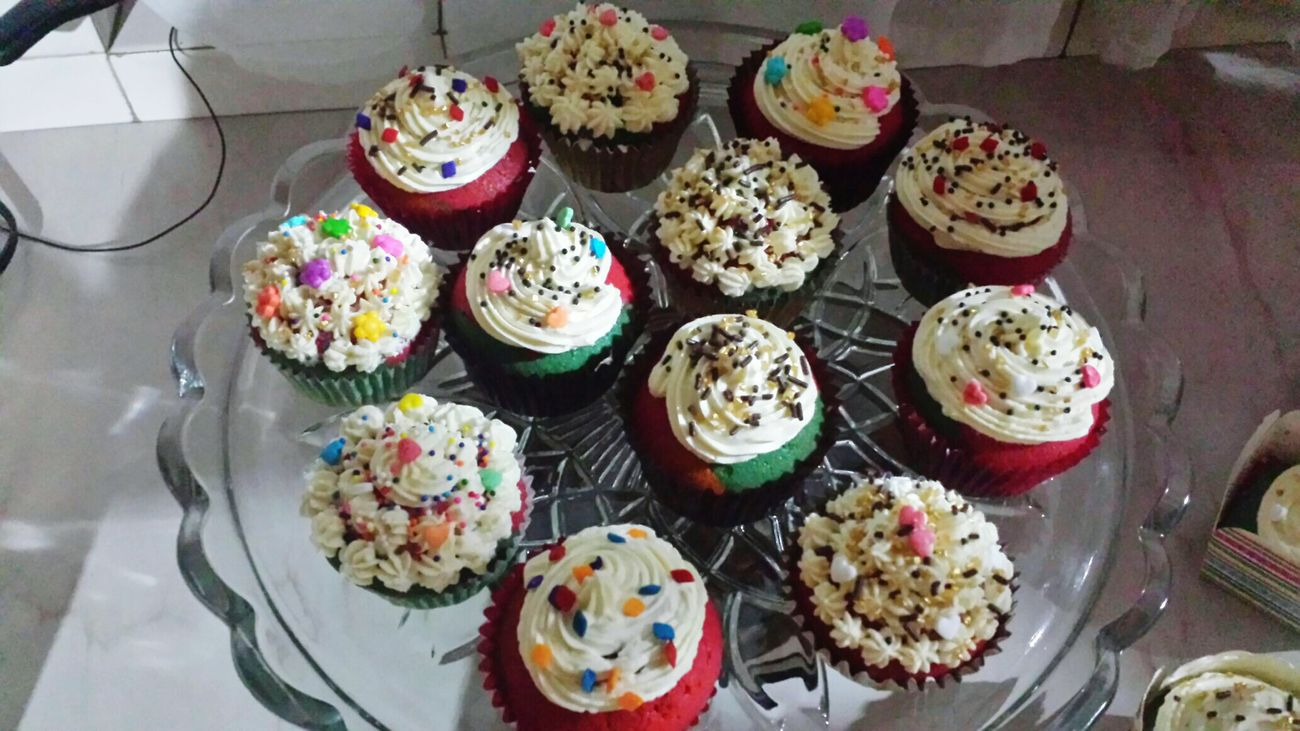 Rainbow Cupcakes  Cupcakelover Rainbow <3 Yummylicious Sweet♡