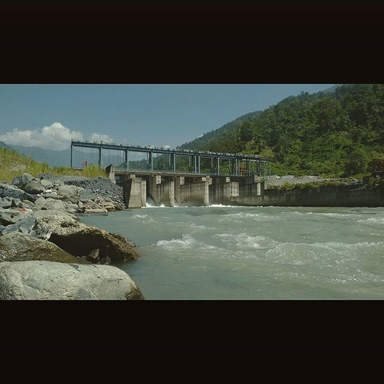 Today we shot at this place. Harsh sun,sweet cold river water melting down the glacier and some special sweet people who helped us with our shoot,will share them soon. Filming Mindtwisterfilms Rangeet Tributary Jorethang Northeast Sevensisters Indiapictures Incredibleindia Indiatravelgram