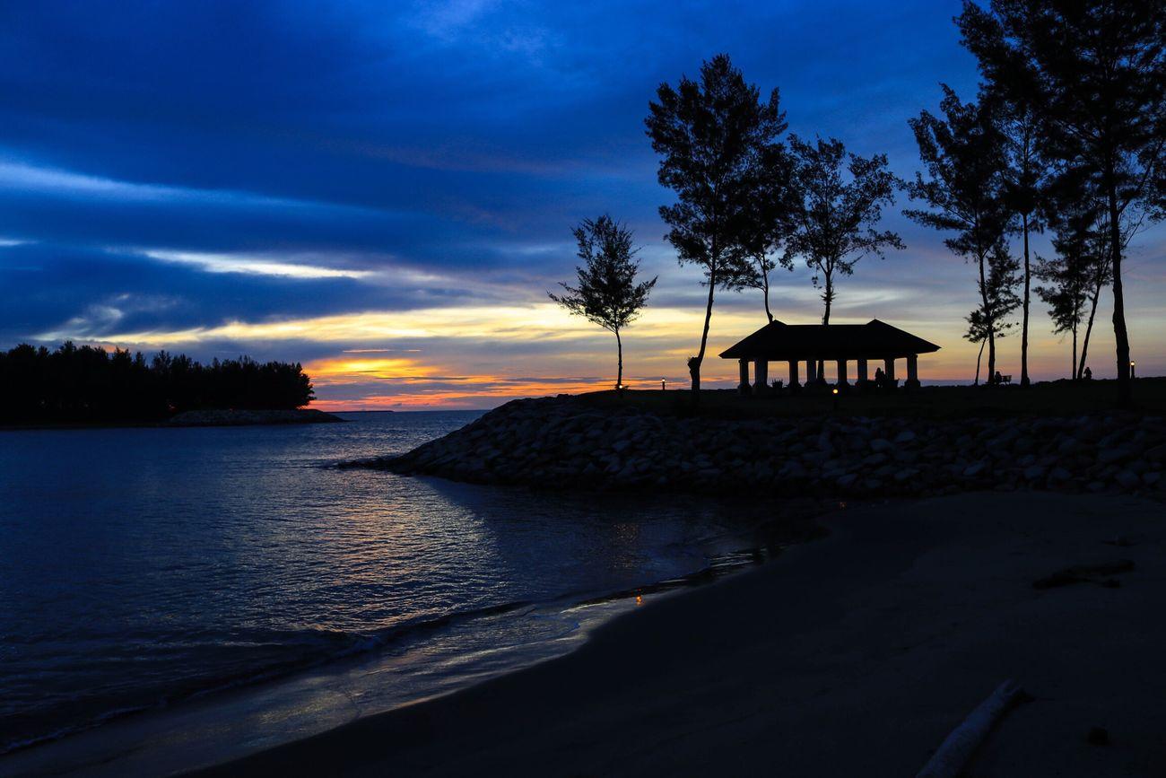 Brunei Darussalam Brunei EmpireHotelBrunei Sunset Sunset_collection Sunset Silhouettes Canon Canonphotography Canon_photos Beautifulday