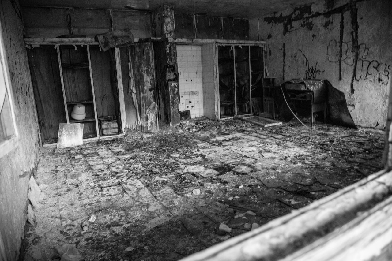 Abandoned Architecture Bad Condition Black & White Black And White Black And White Photography Blackandwhite Blackandwhite Photography Broken Built Structure Damaged Day Desolate Destruction Discarded Home Interior House Indoors  No People Obsolete Old Old Ruin Ruined Weathered Worn Out