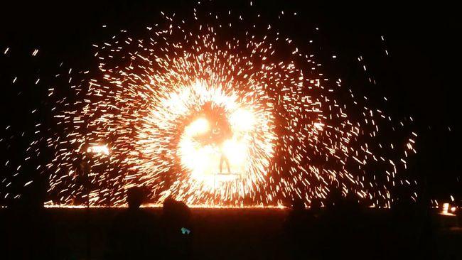 Pyrotechnics on Koh Samui Koh Samui Pyrotechnics Lamai Beach Thailand