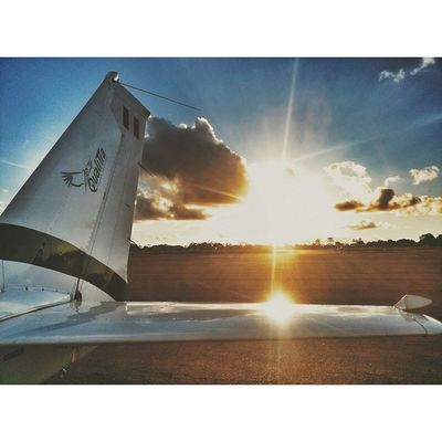 Photogrid Vscocam VSCO Privatepilot qualitta sky selva tail sun clouds cessna peru pucallpa freedom