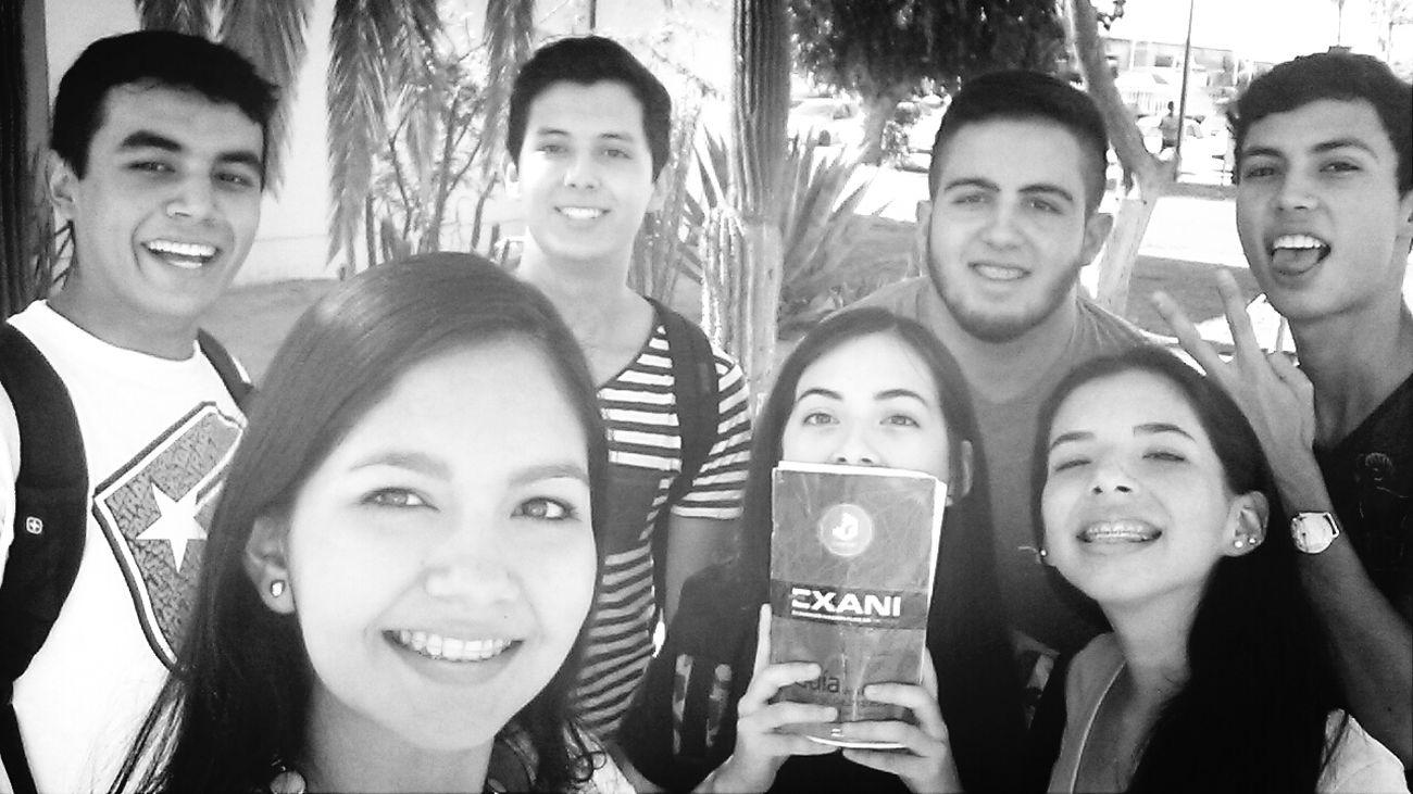 antes del examen. Friends