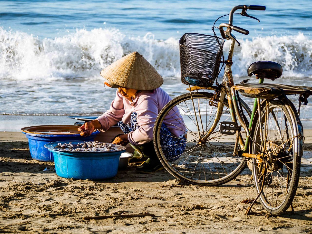 Beautiful stock photos of fahrrad, sea, one person, bicycle, mode of transport