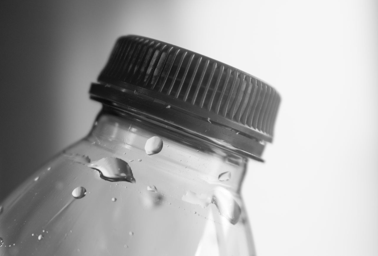 Bottle Cap Plastic Bottle Water Bottle  Drops Black & White Black And White Blackandwhite Water Drops Blackandwhite Photography Bnw Close-up Eye4photography  EyeEm EyeEm Best Shots EyeEm Bnw EyeEmBestPics Minimalism Minimalist Minimalobsession Monochrome