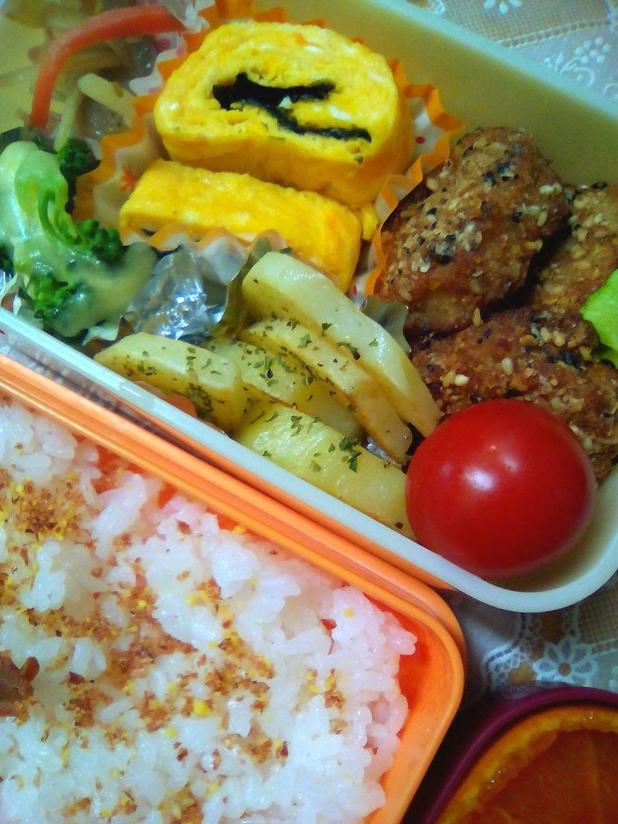 ふつーのお弁当 3年間残さず食べてくれてありがとう おべんとう Bento Lunch Lunch Time! Graduation Daughter たまご焼き Egg Tomato Lunch Box お弁当
