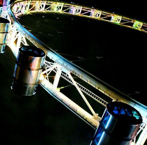Giant Ferris Wheel. Taking Photos Check This Out Tadaa Community Open Edit EyeEm Gallery EyeEm Best Shots Nightphotography Night Photography Colours Of The Night Colors Of The Night Ferris Wheel Ferriswheelinthecity🎡🎢 Your Design Story First Eyeem Photo