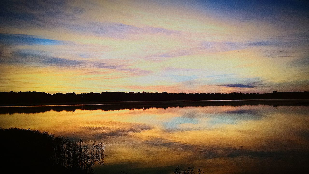 reflection, tranquil scene, scenics, beauty in nature, sky, nature, tranquility, sunset, lake, water, silhouette, idyllic, cloud - sky, outdoors, no people, tree, day