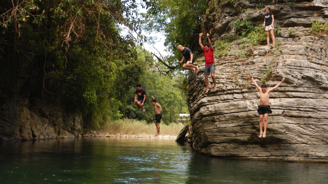 Squadgoals Adventure Adventure Buddies Cliffjump CliffJumping Countryside Nature Outdoors River Riverbank Scenics Squadgoals Vacations