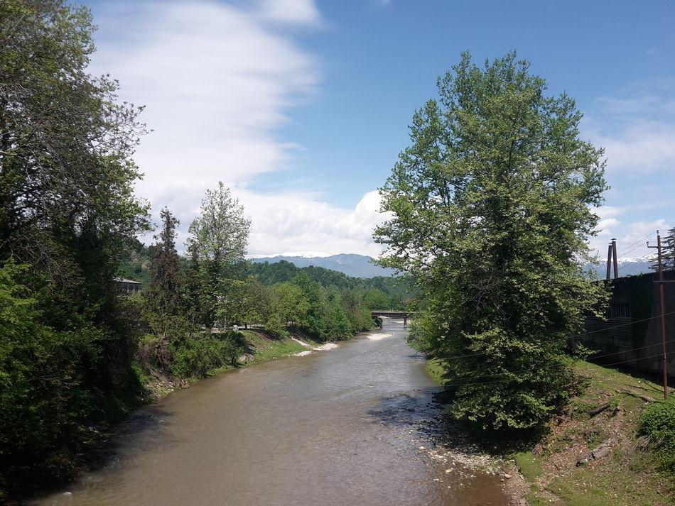 Mobile Photography Samsung Galaxy S5 Mini View From Above Tchanistskali Tsalenjikha Riverside River Spring Mountains