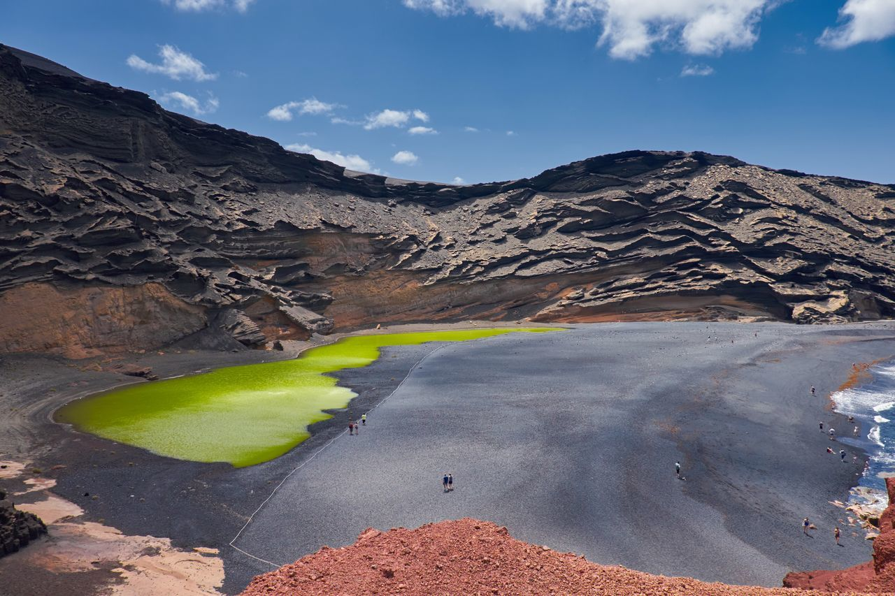 Beauty In Nature El Golfo Geology Green Lake Landscape Lanzarote Lanzarote Island Mountain Range Nature Outdoors Physical Geography Sea Sulfur  Tranquil Scene Tranquility Volcanic Landscape Vulcanic Lake