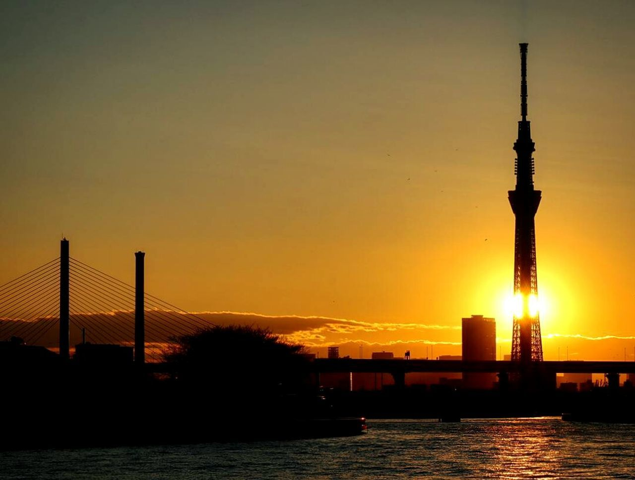 Sunset Silhouette Water Japan Tokyo Sunsets Sunset_collection Bridge Tokyoskytree Skytree River River View