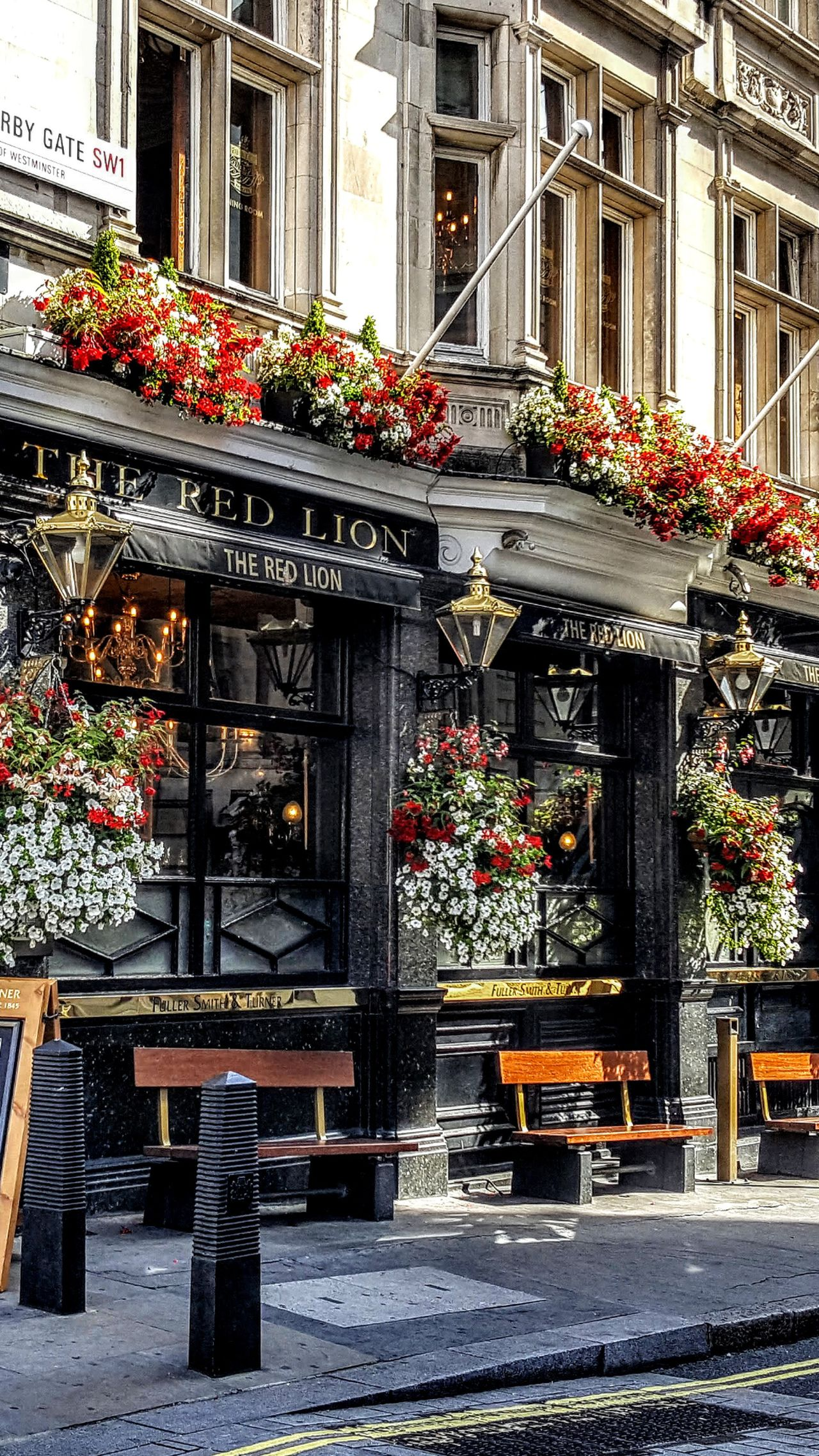 Architecture Built Structure Building Exterior Outdoors Flower Travel Destinations Window Box No People Day City Londononly London's Buildings LONDON❤ Friends ❤ London Photography London Life Facebook Page Tranquil Scene London Modern Cityscape London Streets Skyscraper Cloud - Sky Low Angle View