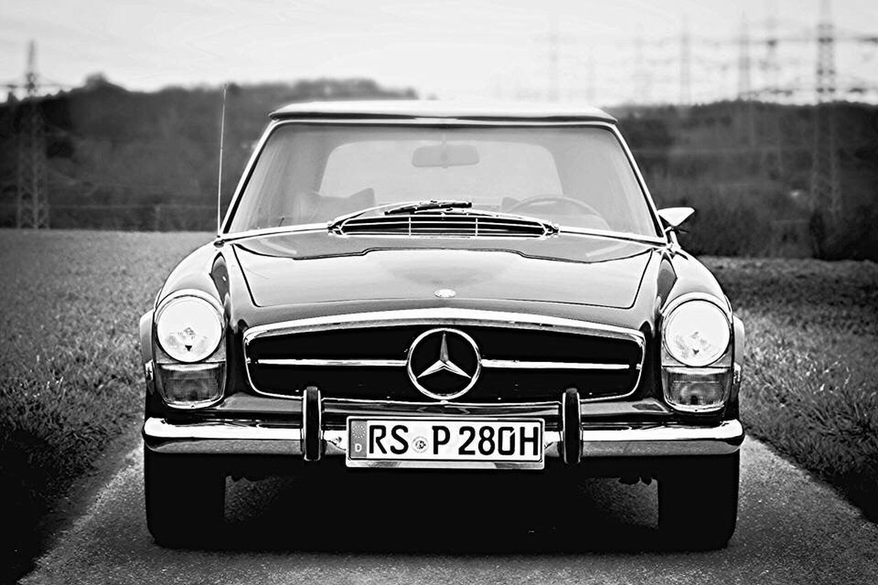 Front view of our 280SL Pagoda Focus On Foreground Outdoors Parked No People Oldtimer Pagoda Classic Mercedes Vintage W113 Mbclassic Pagode Retro First Eyeem Photo