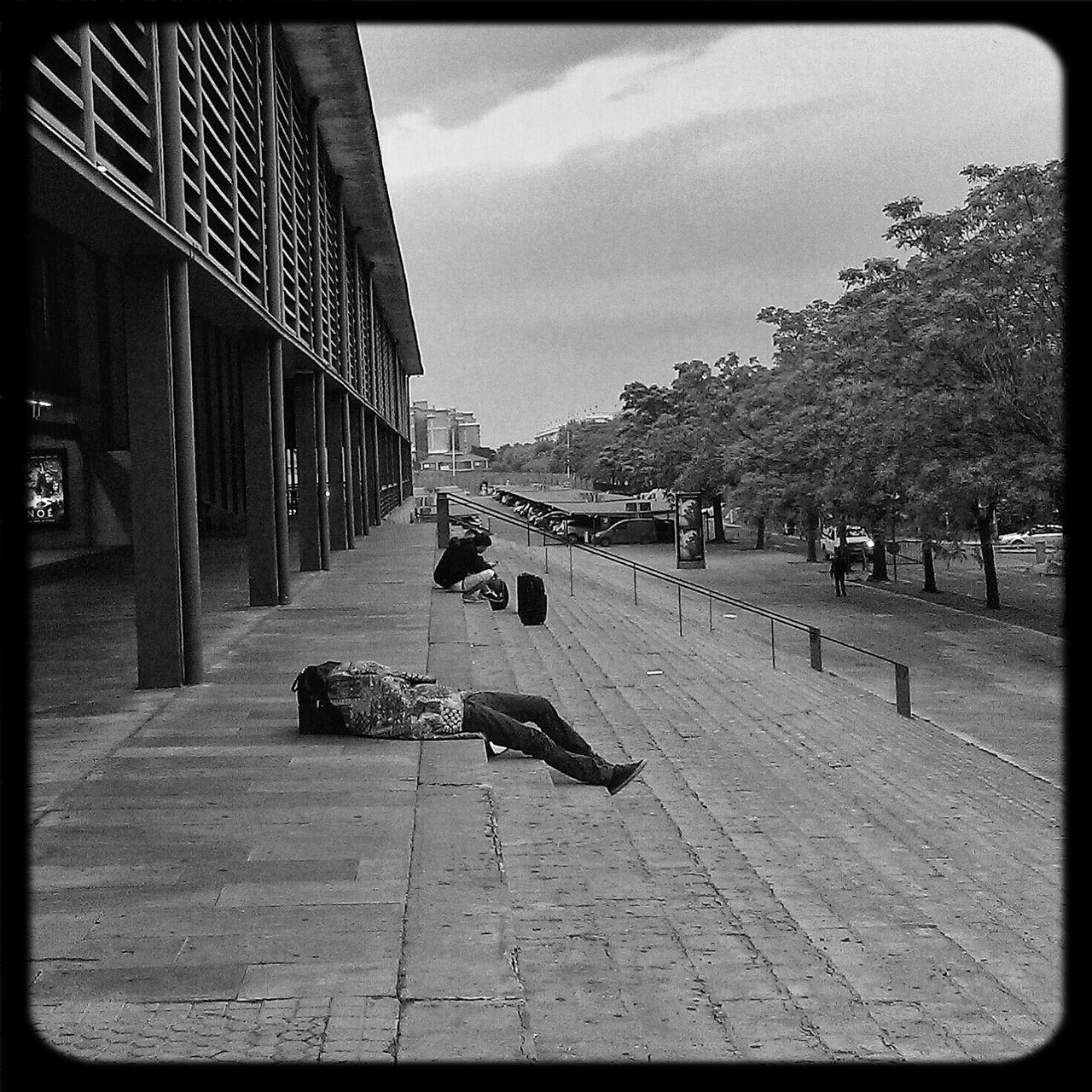 Street Street Photography Streetphoto_bw Streetphotography_bw Una siesta matinal