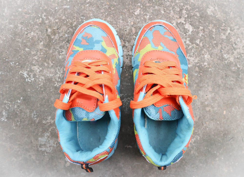 Travelling Canvas Shoe Color Colour Footgear Footwear Journey Pair Shoe Tinge