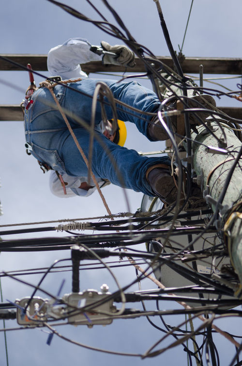 Dangerous Dangerous Work Day Electric Wire Electricity  Electricity Pole High Angle View Honduras Working