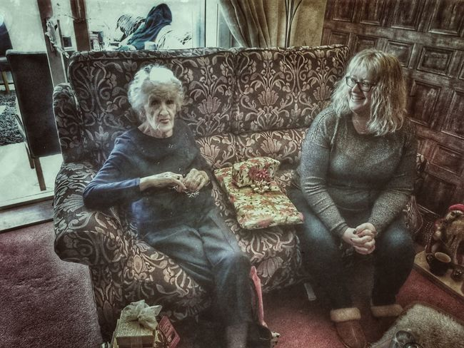 Portrait Friendship Adult Togetherness Old But Awesome My Mum ♥  Olderbeauty My Sister <3 Mysister ❤ My Sister And Mother My Mother And Sister Sitting Pretty Sticking Out Tongue Cheeky Old But Gold Old But Awsome Adults Only Real People Smiling People Mother And Daughter Aged Beauty