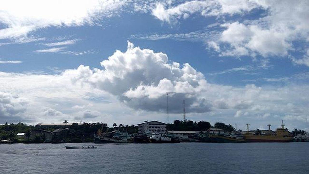Benjina Cloudslovers Sky Naturelovers Kepulauanaru Indonesiakeren 1day1klick Wepe67photography