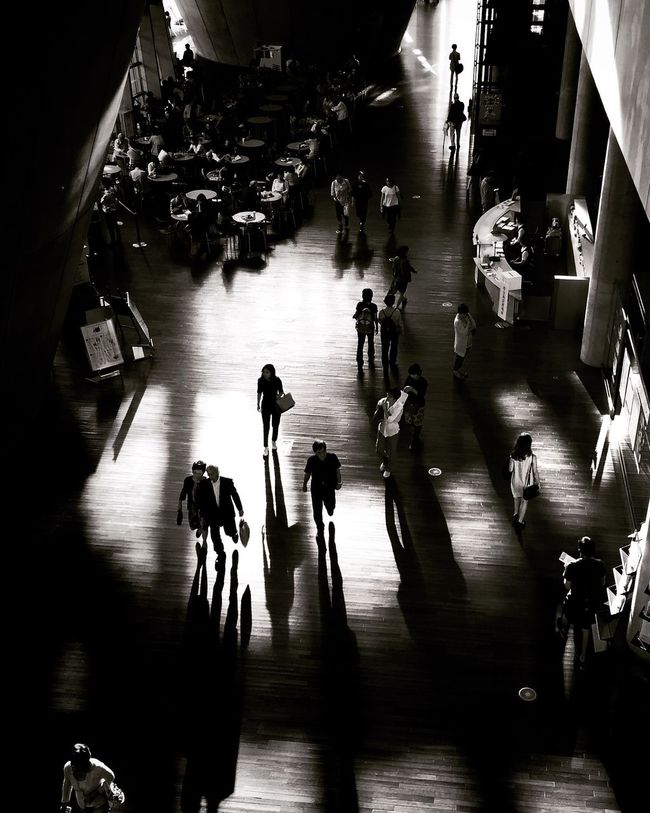 Light Light And Shadow Getting Inspired EyeEmBestPics Tadaa Community Blackandwhite Streetphotography Shootermag Architecture Getting Creative