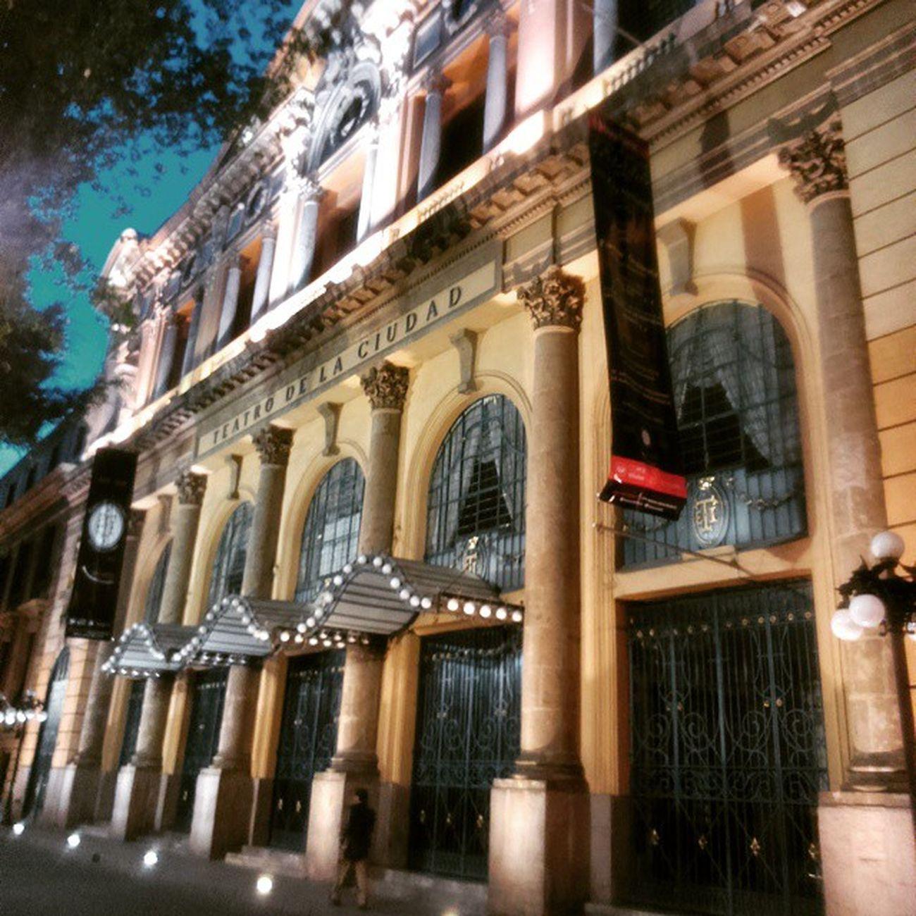 Arquitectura TeatroDeLaCiudad Centrohistorico RodandoAndo RunningBike 🎧🚲📷✌