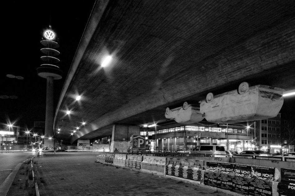 Hanging cars 03 Black & White Bridge Cars City, Cityscapes Street Street Photography Transportation
