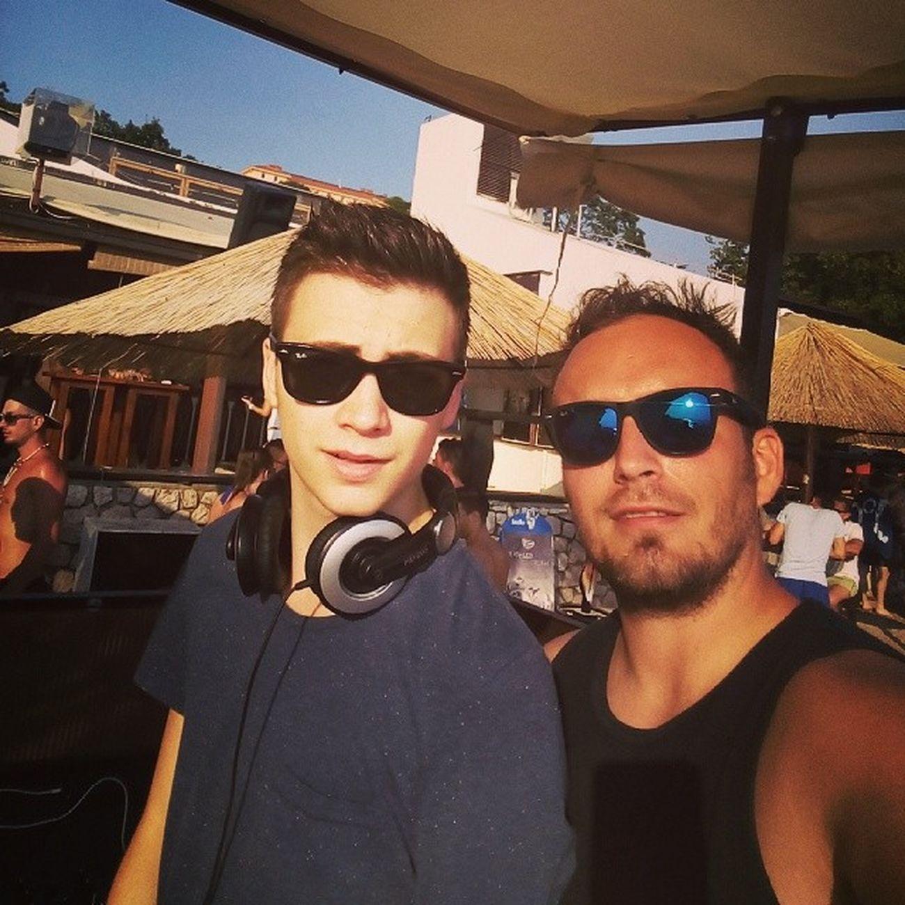 Dj Selfie Djselfie Crikvenica kataka party crikva sea seaside croatia odmor go fun sun rayban wayfarer @rayban