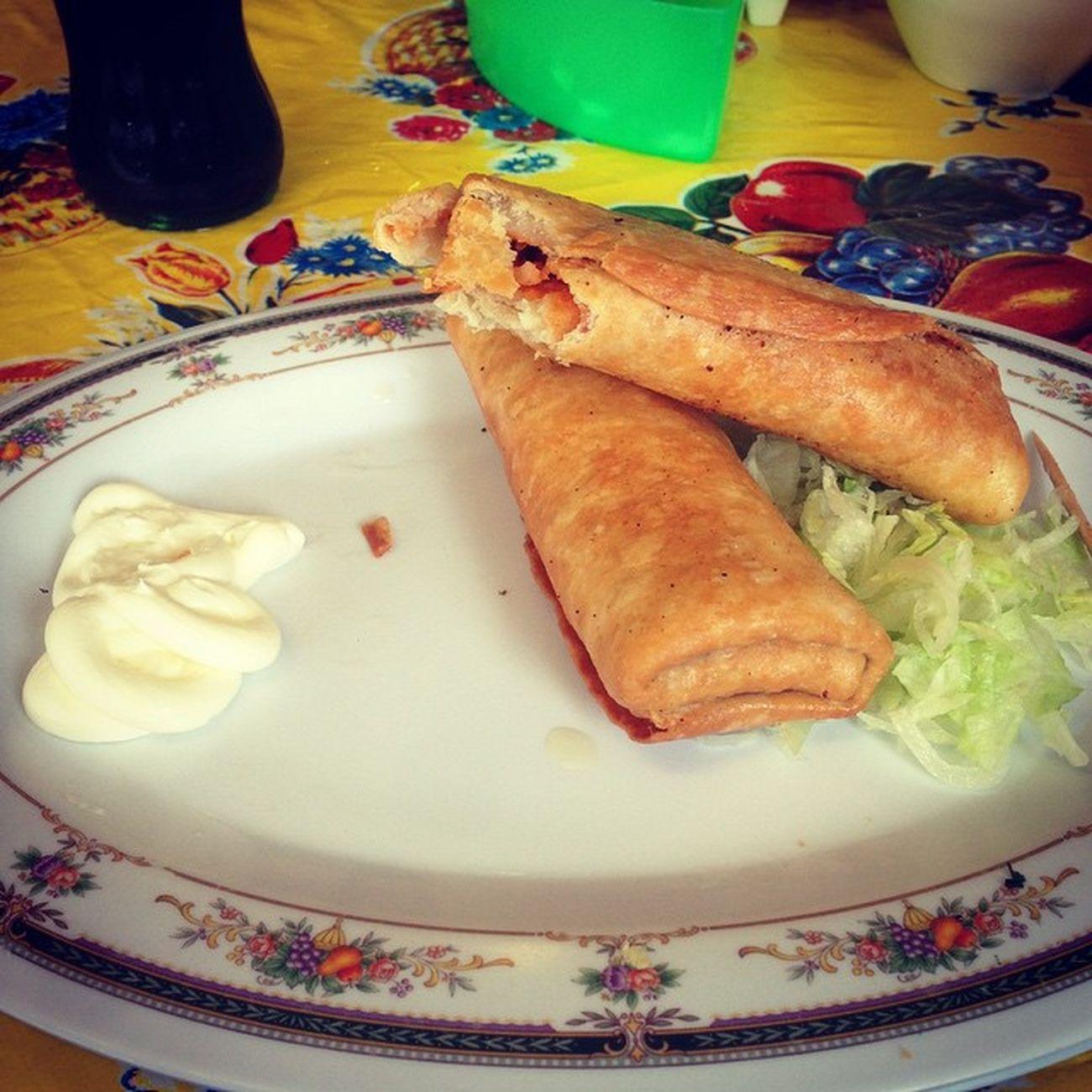 Buenos días! Burrito Americano Frijol Picadillo