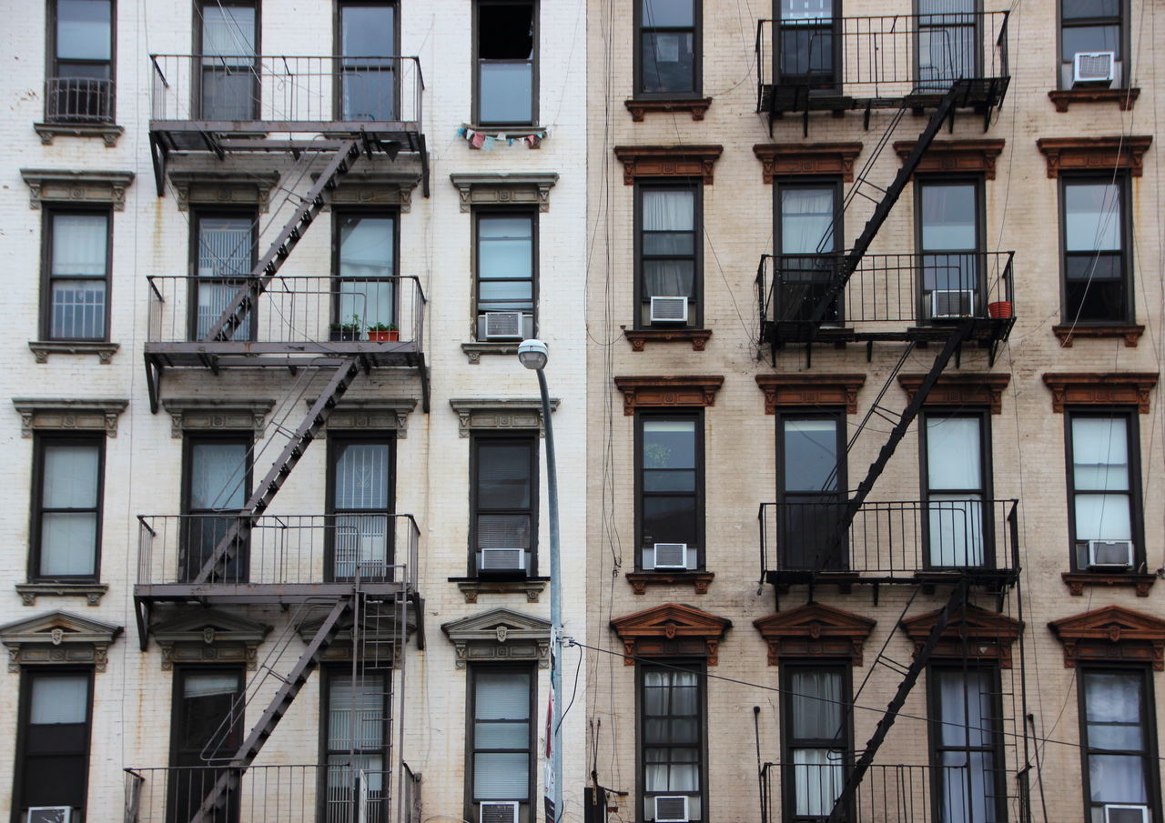 Beautiful stock photos of feuer, architecture, built structure, building exterior, window