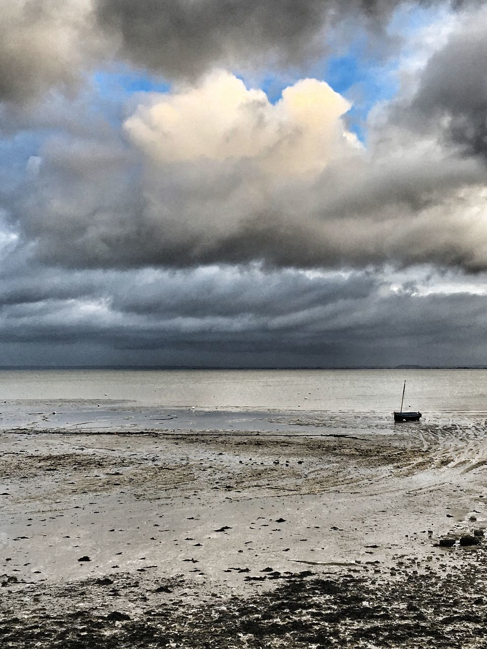 sea, cloud - sky, sky, water, nature, tranquility, beach, horizon over water, beauty in nature, scenics, nautical vessel, tranquil scene, no people, outdoors, sand, day, storm cloud