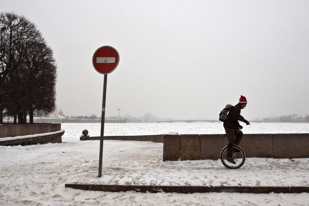Saint Petersburg Streetphotography Winter Santa Street Observecollective The Street Photographer - 2017 EyeEm Awards