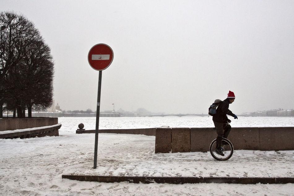 Saint Petersburg Streetphotography Winter Santa Street Observecollective