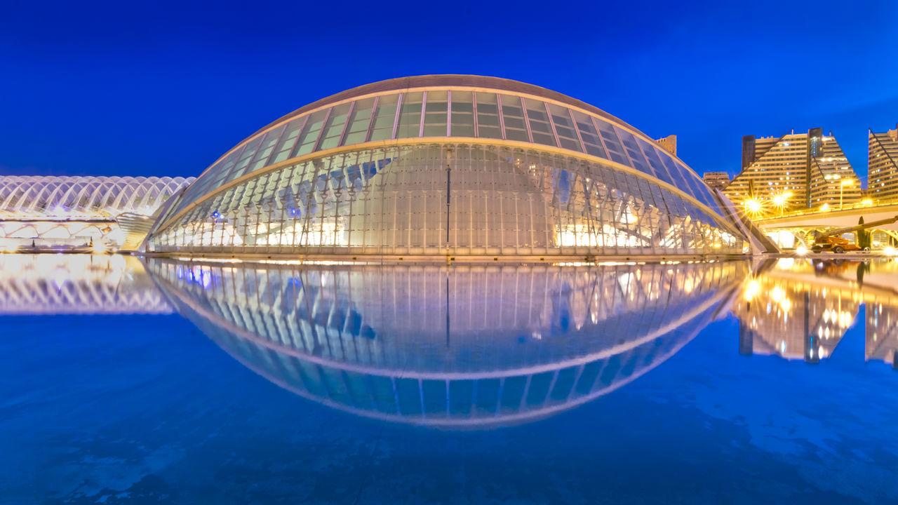 Eye in the sky Architecture Blue Ciudad De Las Artes Y Las Ciencias EyeEm Illuminated Napatu Night Reflection València Water