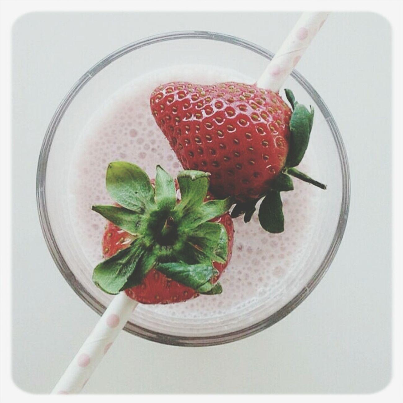 Smoothie Strawberry Smoothie Drinking A Smoothie Fruit Smoothie