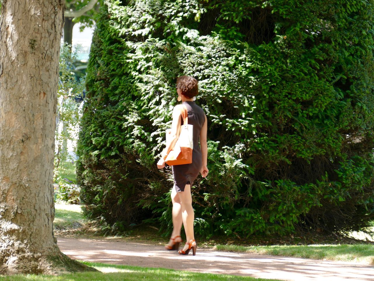 tree, full length, rear view, young adult, one person, walking, standing, summer, one young woman only, day, leisure activity, outdoors, young women, one woman only, real people, adults only, beautiful woman, adult, nature, women, only women, people