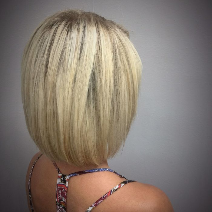 Beautiful Blonde Using L'Oreal Professionnel & Olaplex @znevaehsalon Check This Out L'Oreal Professionnel Olaplex Blonde Z Nevaeh Salon Hair Eye4photography # Photooftheday Hairstyle Knoxvillesalon Bob Haircut