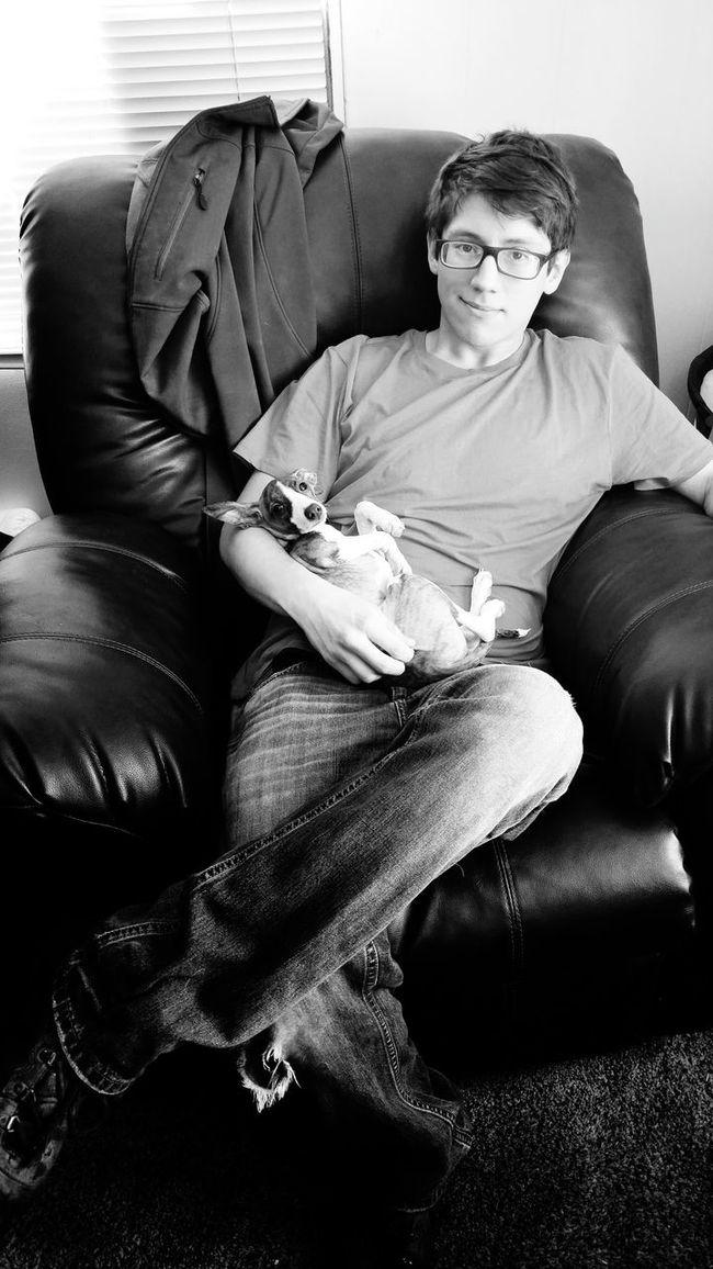 Enjoying Life Mans Best Friend Relaxing At Home Relaxing Moments Relaxing Relaxing Home Life Home Sweet Home Home Hello World Man Companion Companion Dog Dogs Of EyeEm Dog Week On Eyeem Portrait Portrait Of A Friend Black And White Black And White Photography Black And White Portrait Italian Greyhound