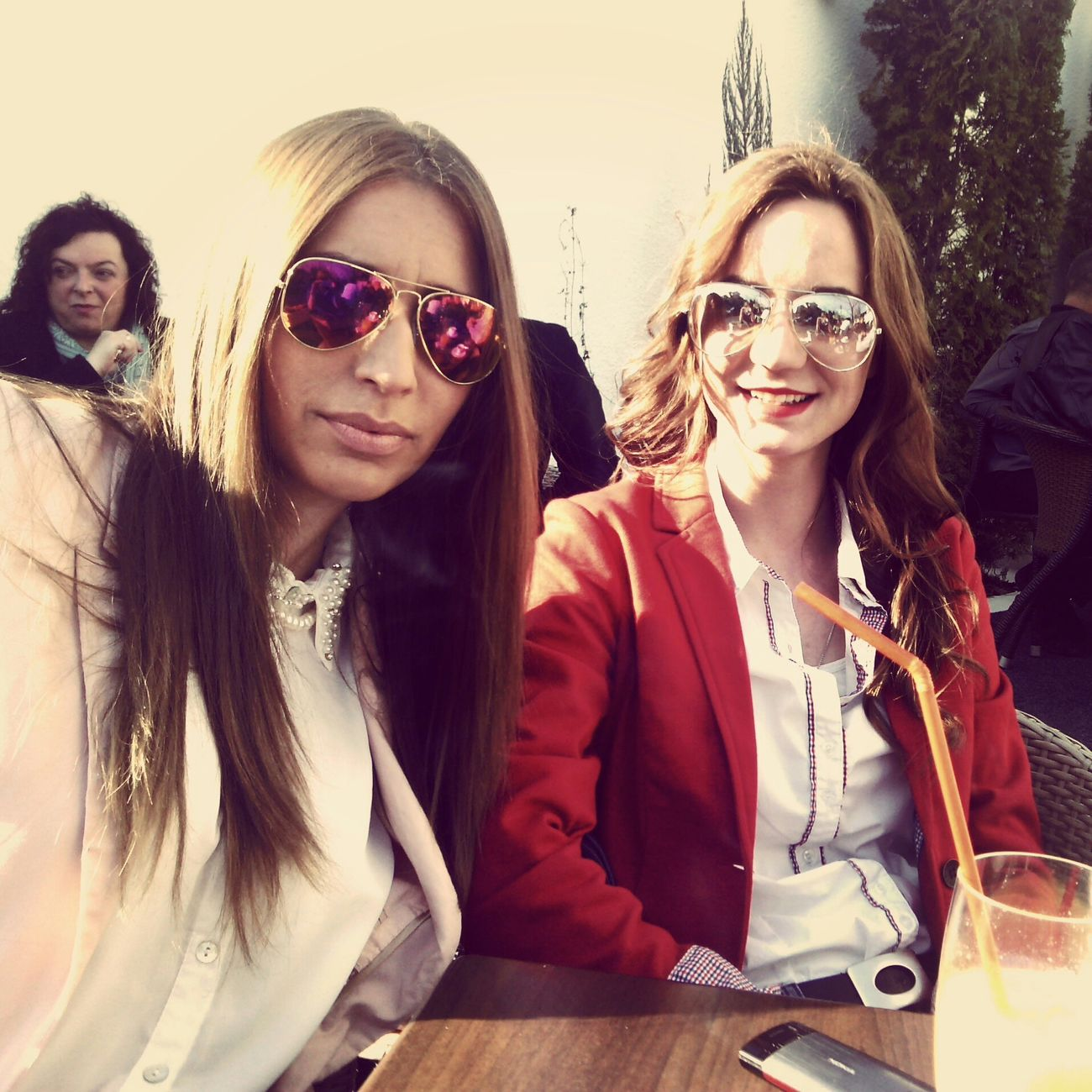 Friend and Me Sunny Day Hi! Coffee Time Relax